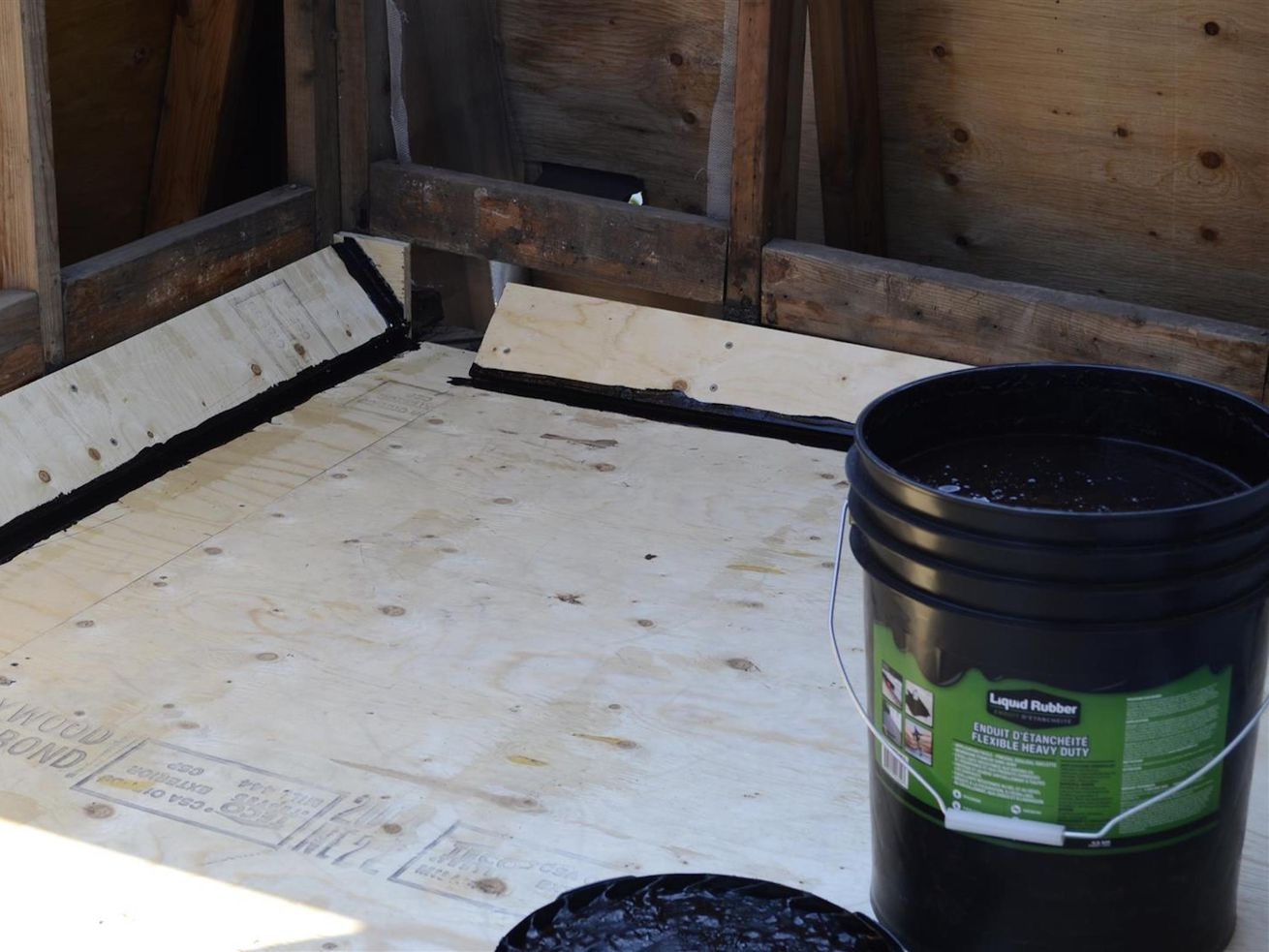 Sealants for Roof Leaks