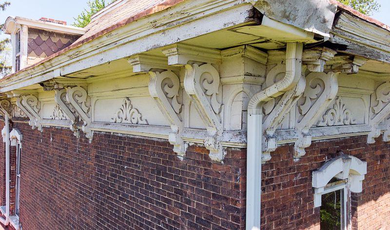 Fall 2021 Save TOH,exterior cornice brackets