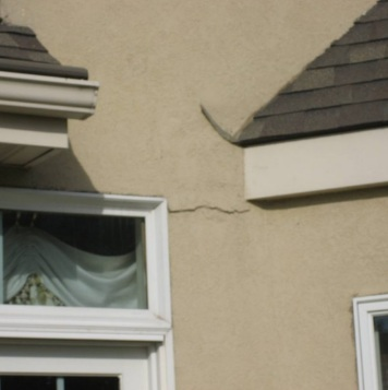 Stucco Repair – Why Should You Choose a Professional Stucco Repair Contractor?